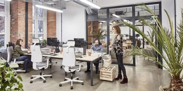 国外办公家具使用案例欣赏: Chilid和 Xsolve波兰总部办公空间