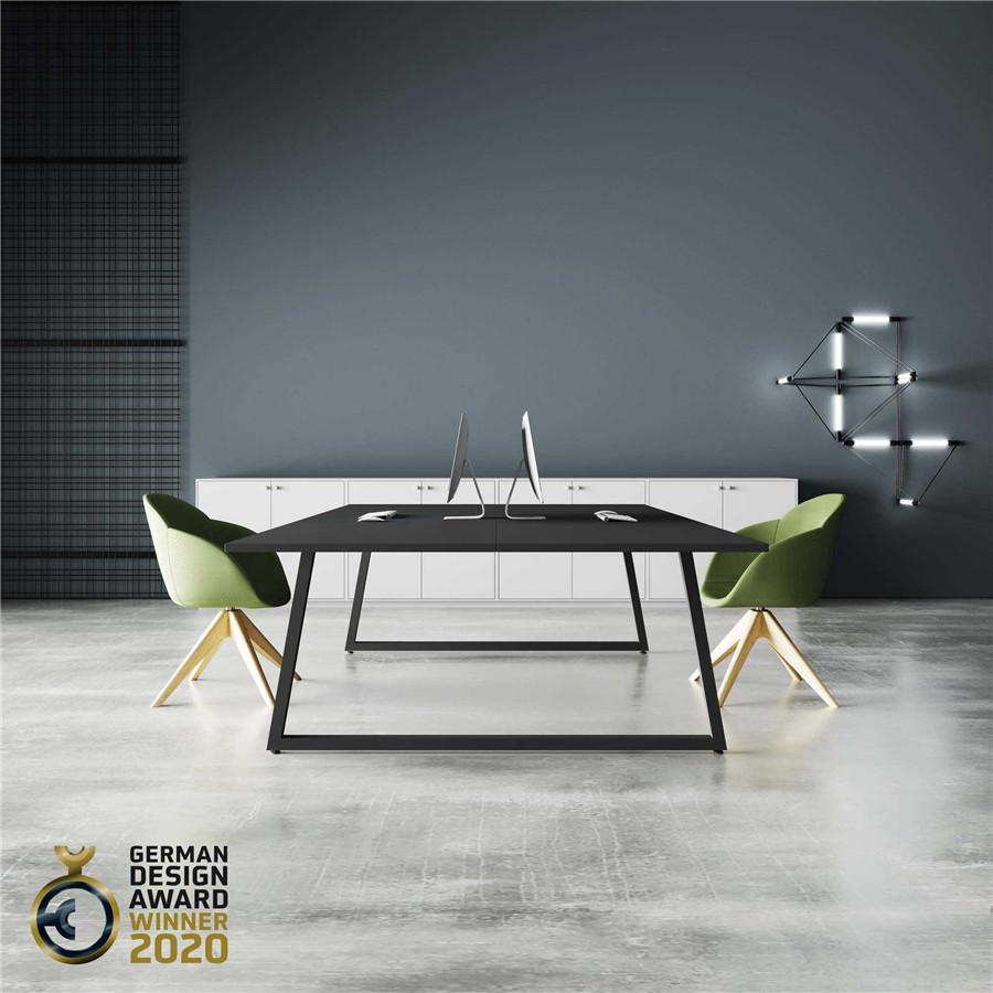 黑色会议桌