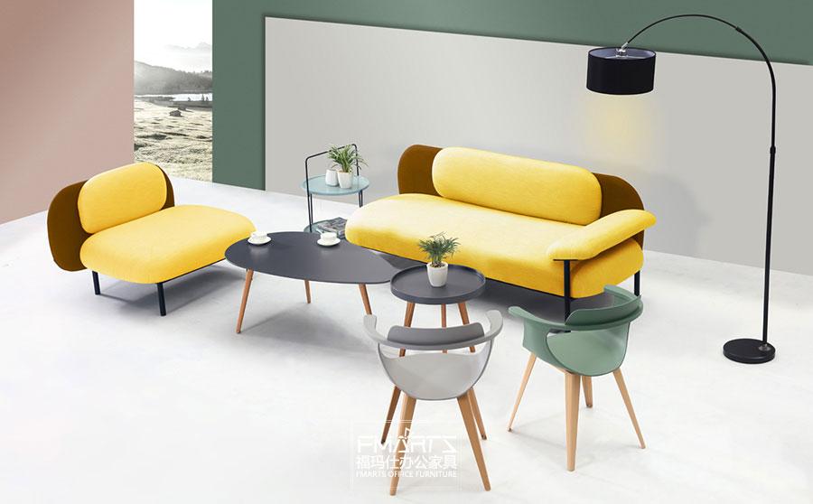 休闲区沙发