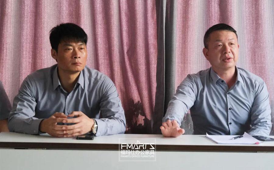副总经理周冠森先生(左), 总经理邓青朋先生(右)
